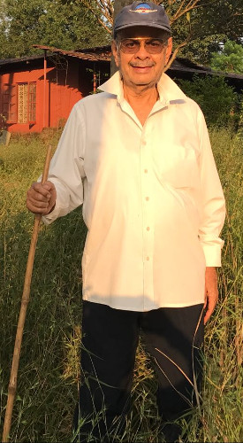 Dinesh Vyas at his Farm